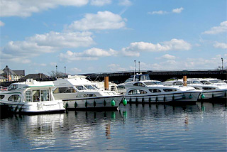 Hausboot-Hafen in Carrick-on-Shannon