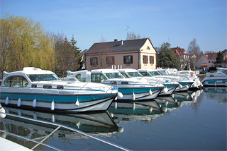 Hausboot-Hafen in Saverne